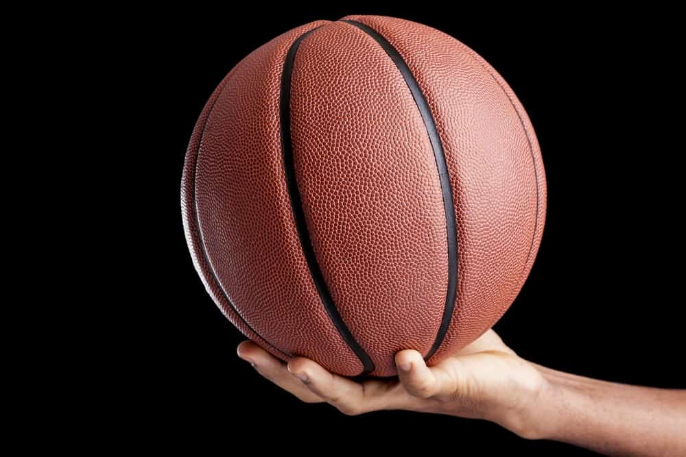 How to Palm a Basketball Tips